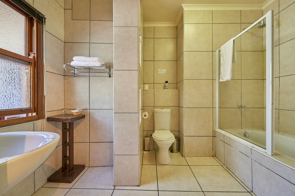Standard-Room-2-Bathroom2