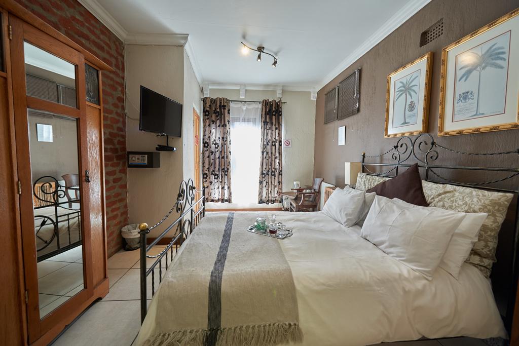 Standard-Room-7-Side